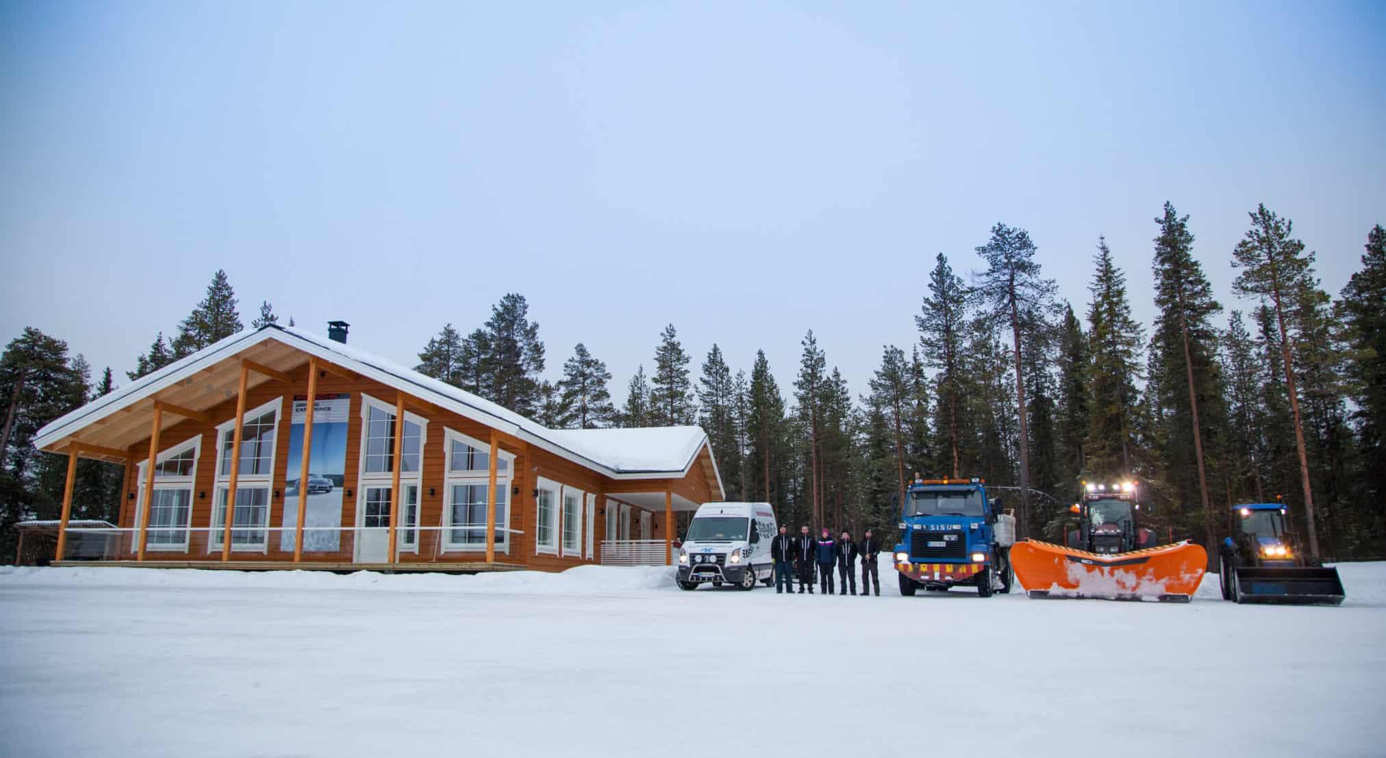 Utbildningslokaler för vinterkörning och restauranger i Levi